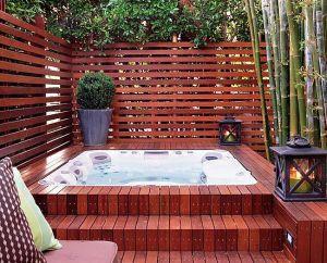Spa sur terrasse en teck