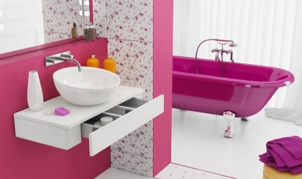 top 10 des baignoires roses et girly. Black Bedroom Furniture Sets. Home Design Ideas